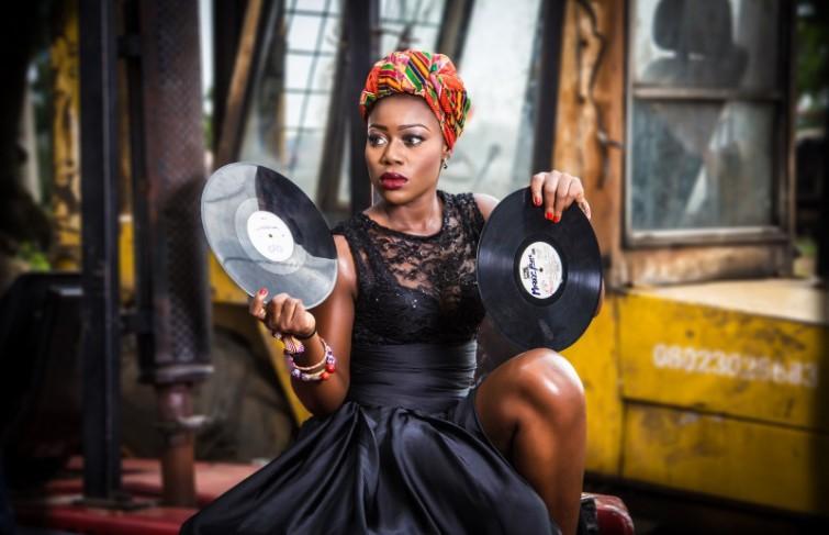 THE SUPERFLY DJ NANA
