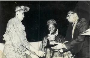 Lemi Ghariowkwu awarded at the 1989 Nigerian Music Awards / Mystreetz Magazine