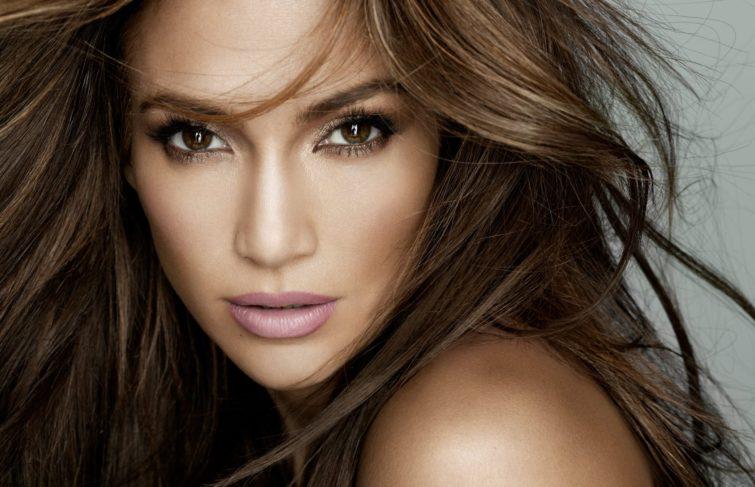 Jennifer Lopez Will Receive 'Video Vanguard Award' at the 2018 VMAs